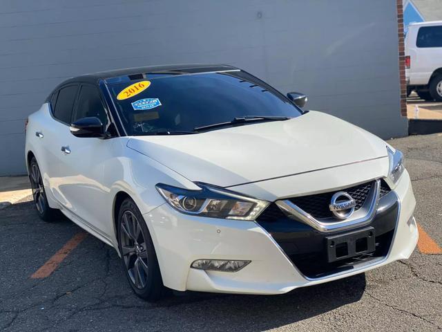 Nissan Maxima Maxima